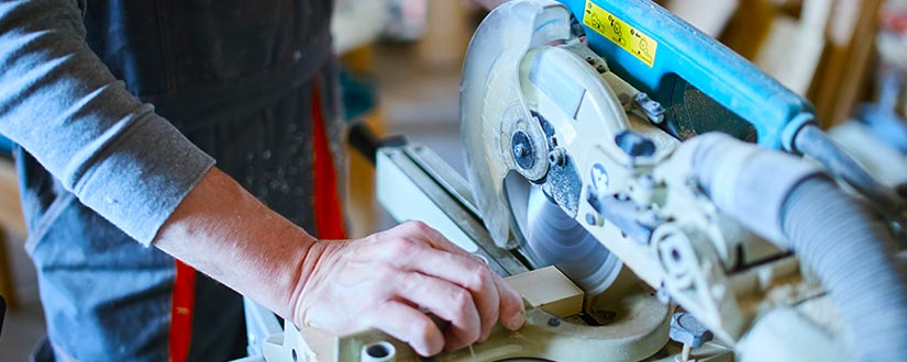 Learn How To Use A Miter Saw in 2019